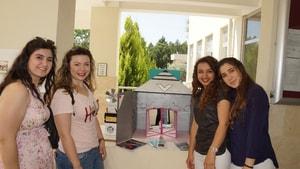 Eğitim Fakültesi öğrencileri bilimsel projelerini sergiledi
