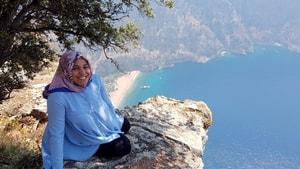 Hamile kadın kayalıklardan düşerek hayatını kaybetti