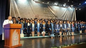 BEÜ'de mezuniyet coşkusu sürüyor
