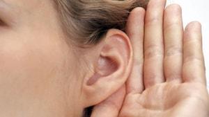 """Kulak Burun Boğaz Uzmanı Ayaydın: """"Kulaklarınız yaz tatiline hazır mı?"""""""