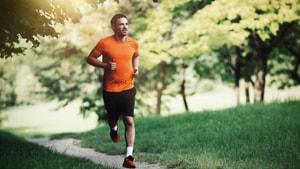 """""""Nüfusun 4'te 1'i egzersiz yapmayarak kanser riskini tetikliyor"""""""