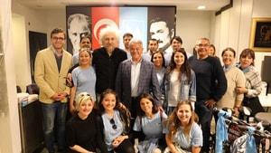 Ünlü yönetmen Yüksel Aksu'dan Acar'a destek