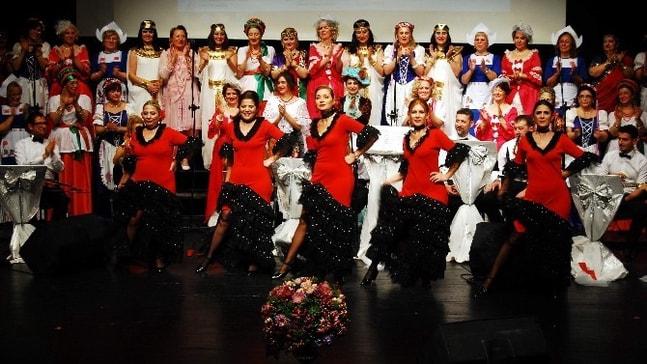 105 kadından 105.konser