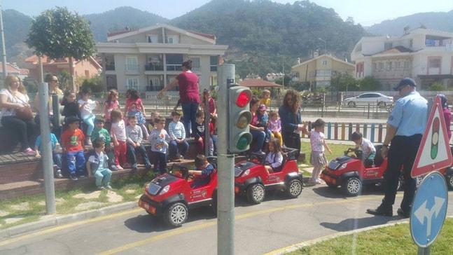 Zabıta'dan trafik eğitimi