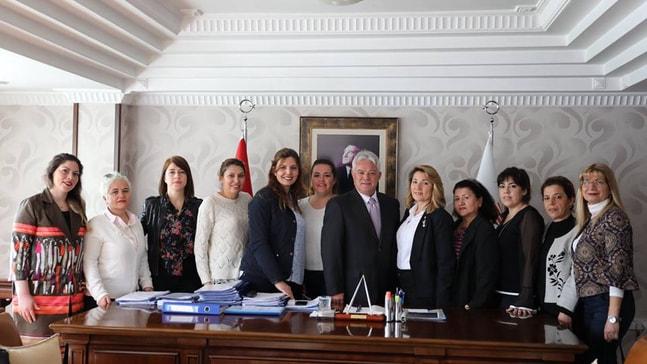 CHP'li kadınlar Acar'ı ziyaret etti