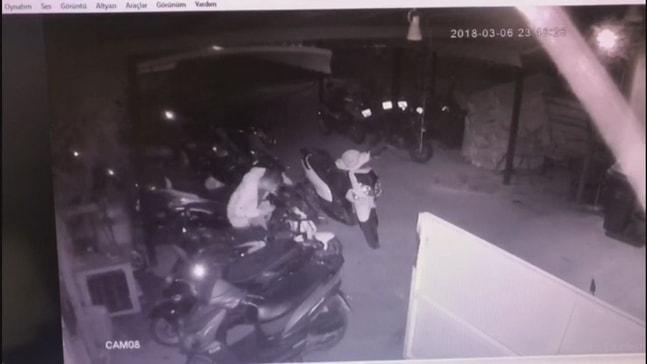 Marmaris'te hırsızlık anı güvenlik kamerasında