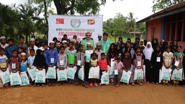 Sri Lankalı yetim çocuklardan Filistin için dua