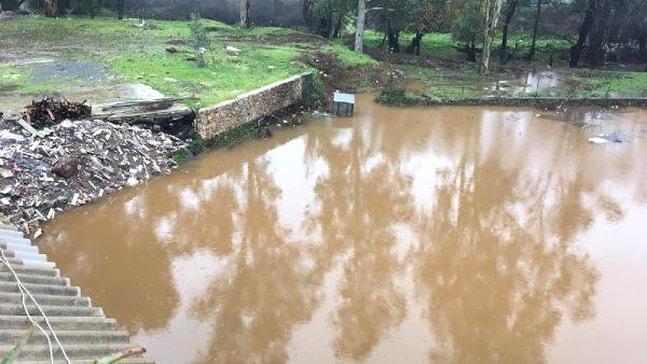 Hisarönü'de su baskını yaşandı