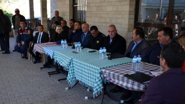 Kaymakam Aksoy, Taşlıca Mahallesi'nin sorunlarını dinledi