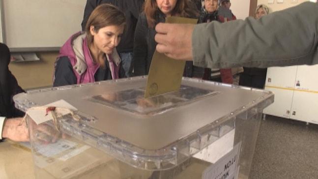Marmaris'te seçime katılım oranı yüzde 81 oldu