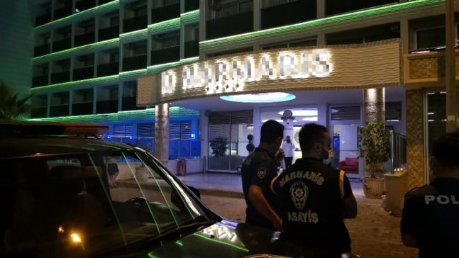 Marmaris'te ruhsatsız otel mühürlendi
