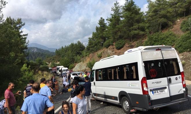 Marmaris'teki kazada 14 kişi yaralandı