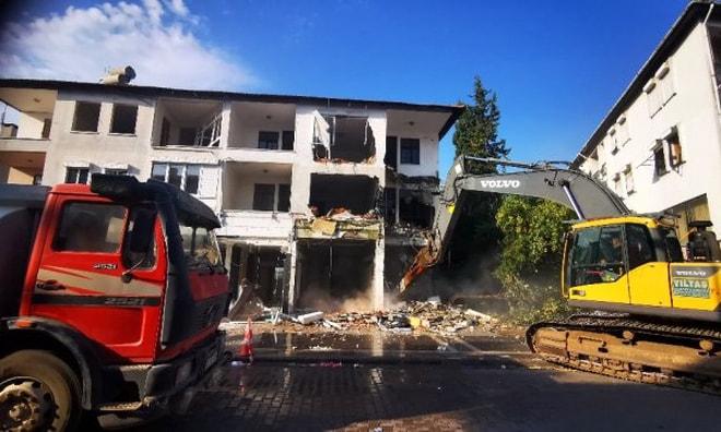 Marmaris'te çürük binalar yıkılıyor